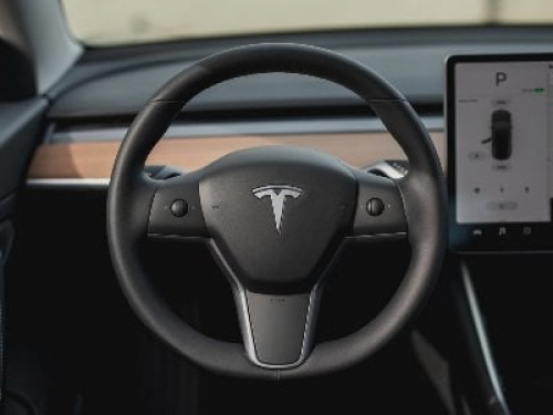 Tesla to resume selling cars for bitcoins when the cryptocurrency goes green