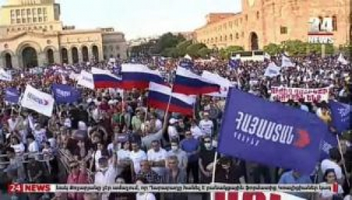 Armenian Voters Offered False Choice Between Security and Democracy