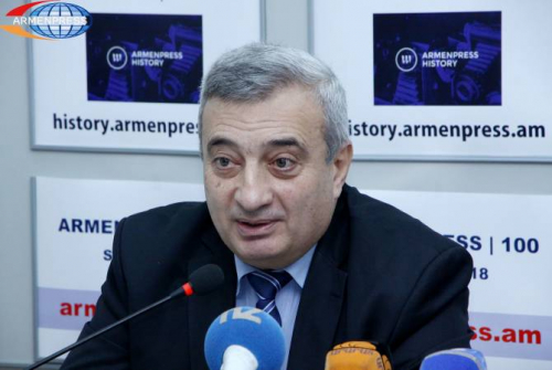 Historian schools Aliyev on who's who in the region