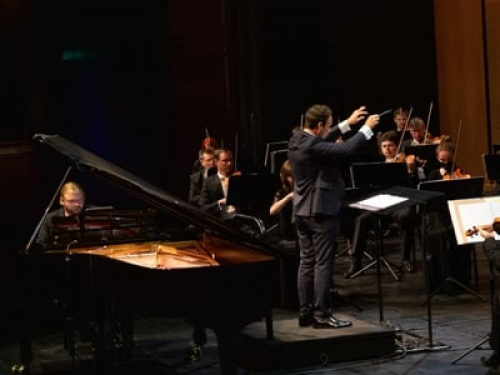Classical music to be played in Dubai for a month, including by Armenian musicians