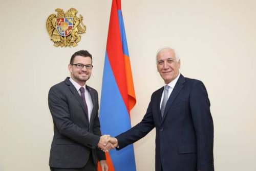 UK Ambassador sees opportunities for cooperation with Armenia in the field of science and  technology